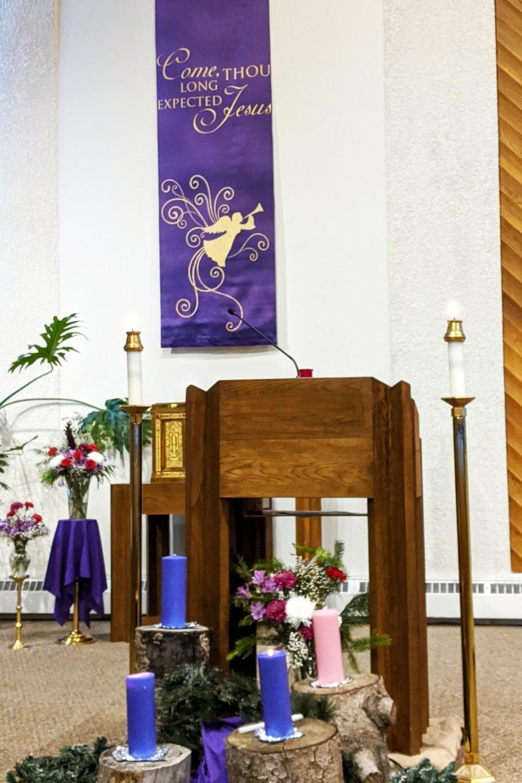 ChurchBannerCandles